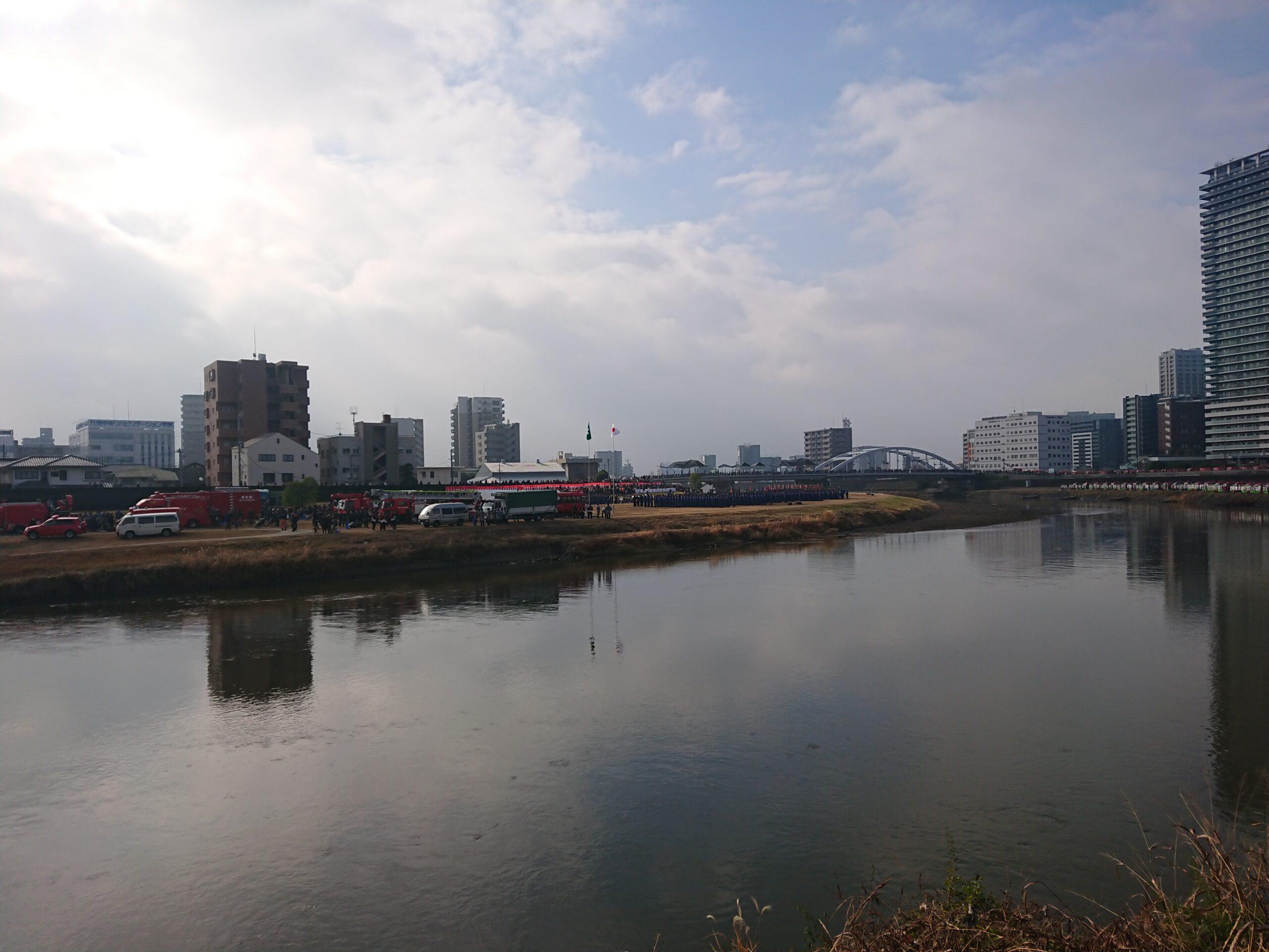 白川河川敷