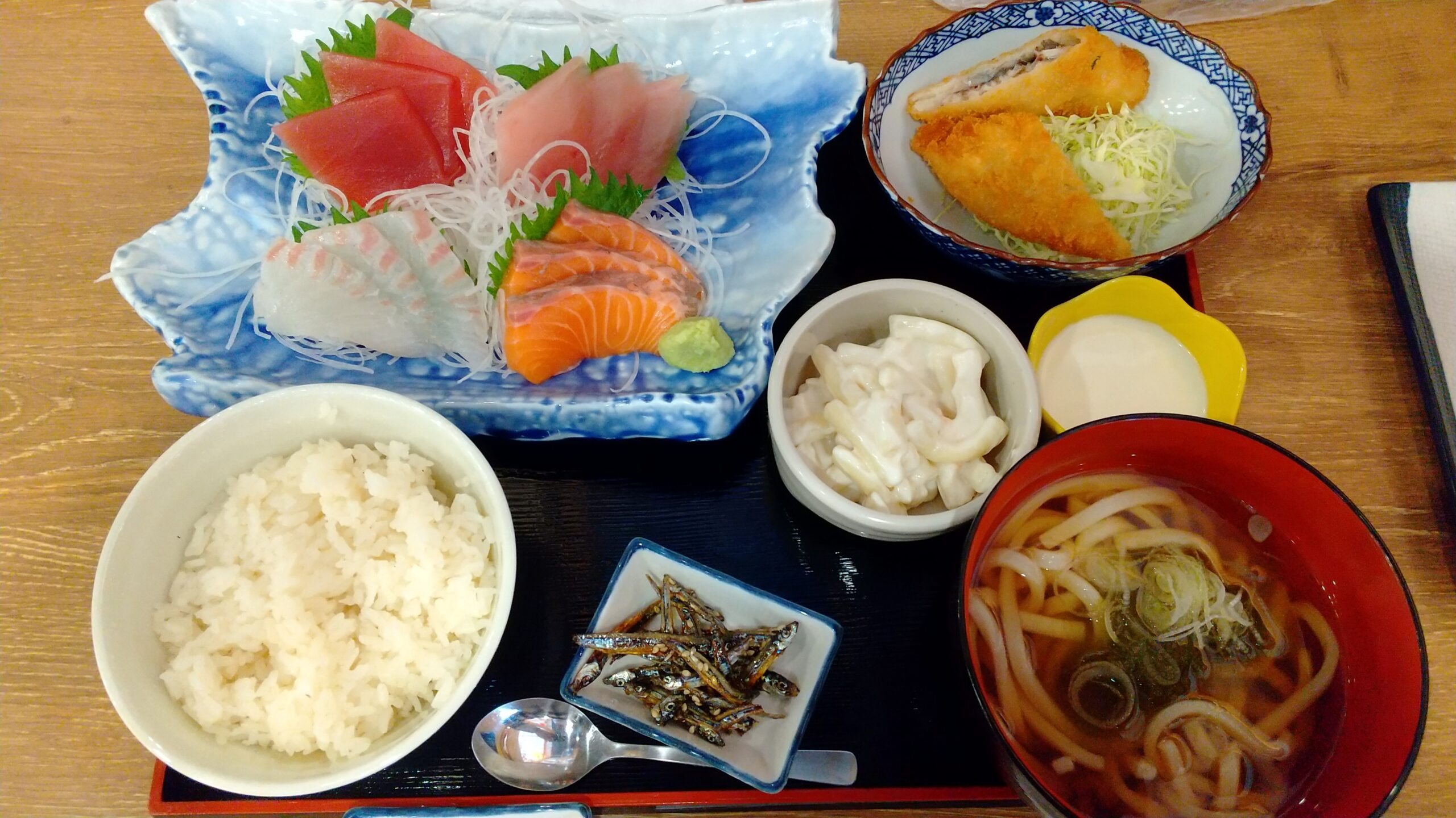 磯丸水産 お刺身の盛り合わせ定食